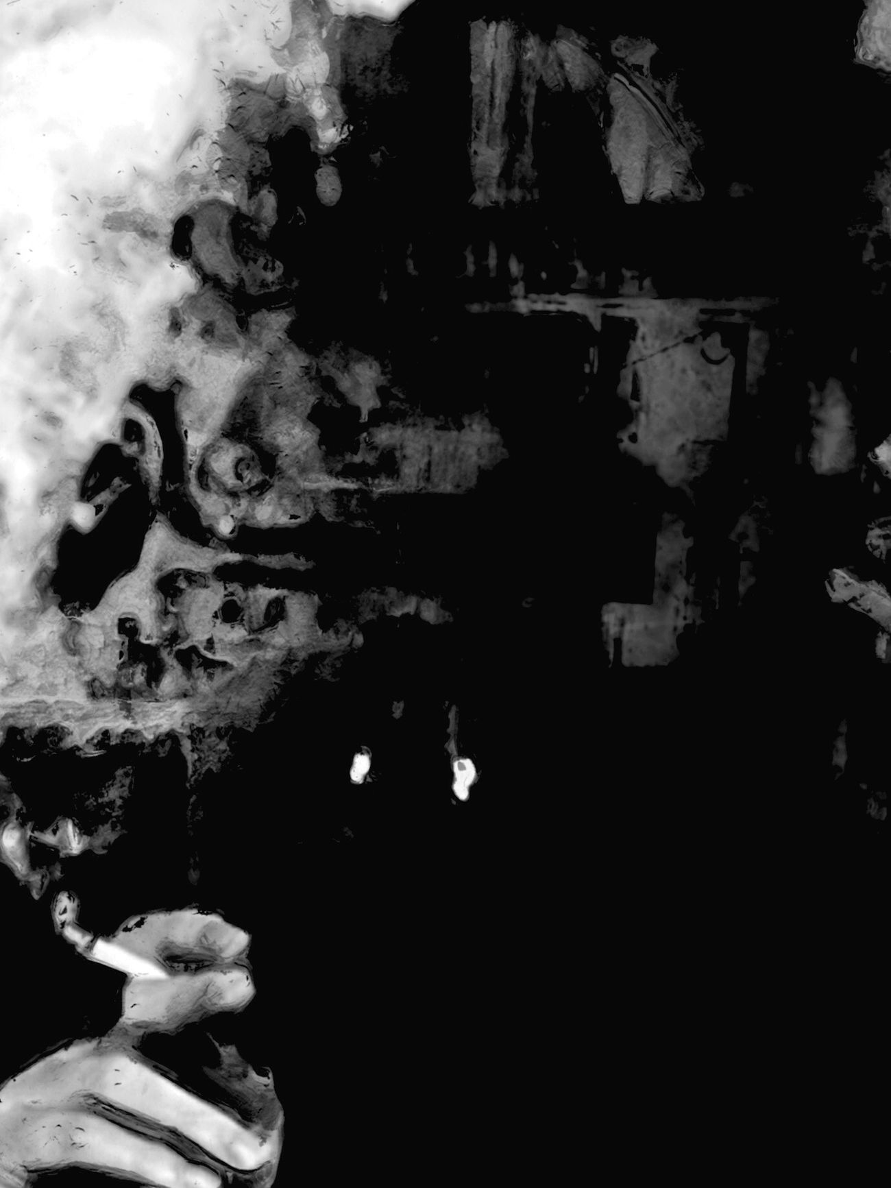 Autoportrait Noir Et Blanc Streetphotography Variation Entre Ombre Et Lumiere Power Point Smoke Looking For Water Textured  Canal Street