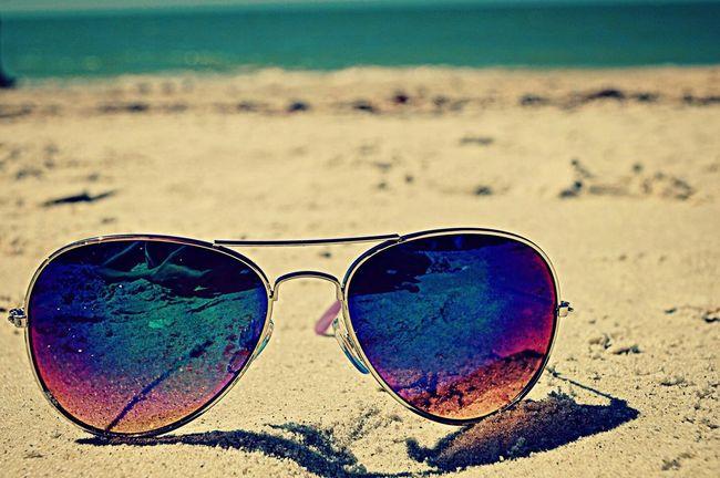sunglasses! Beach Beach Photography Rayban Rayban Aviators Aviator Sunglasses DifferentColors Noedit Nofilter The Purist (no Edit, No Filter)