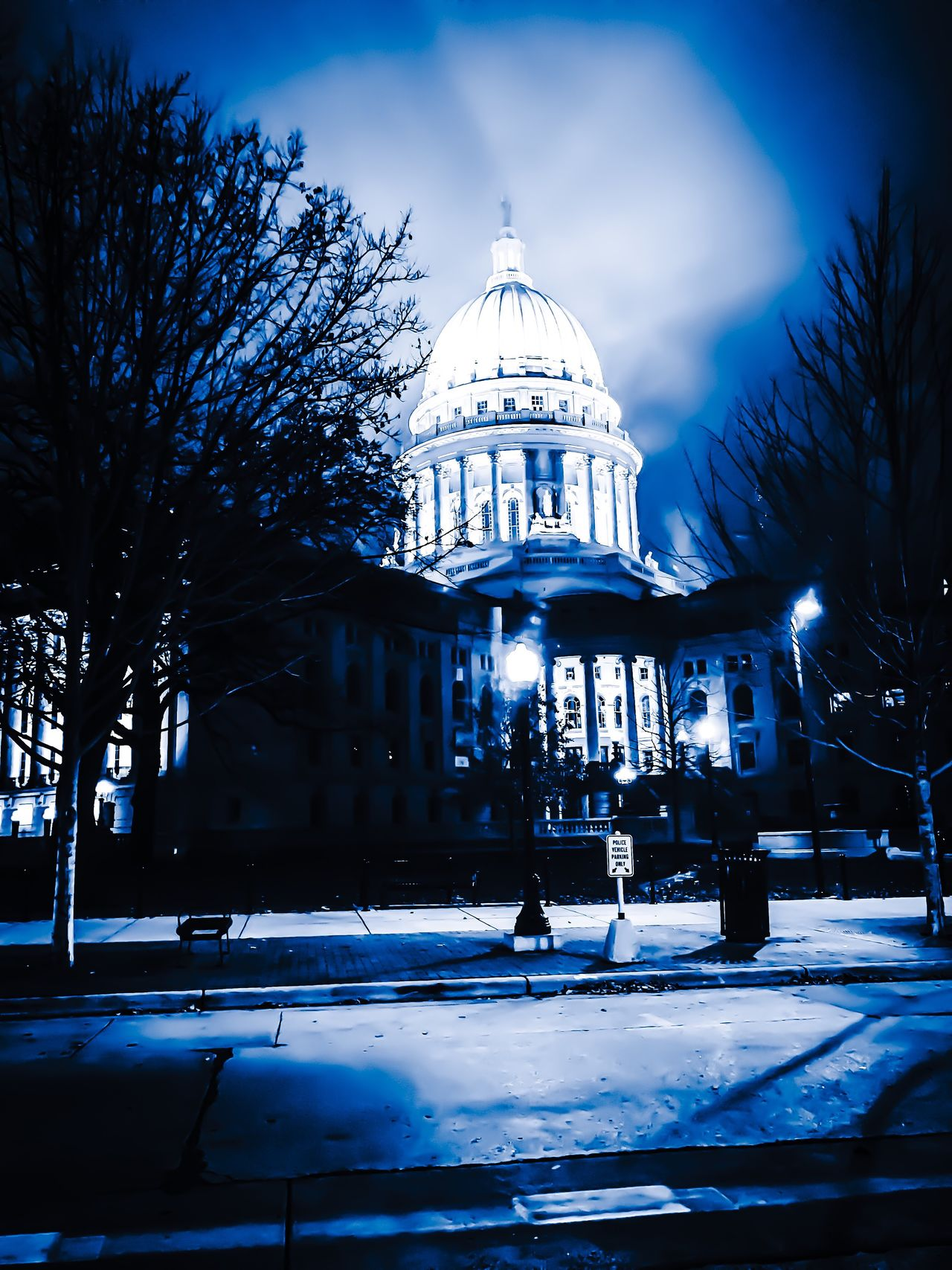 My Year My View Madison Wisconsin Capital City Onevision Nightlights Overcast But Beautiful OneDayOnePic Hometown Scenery
