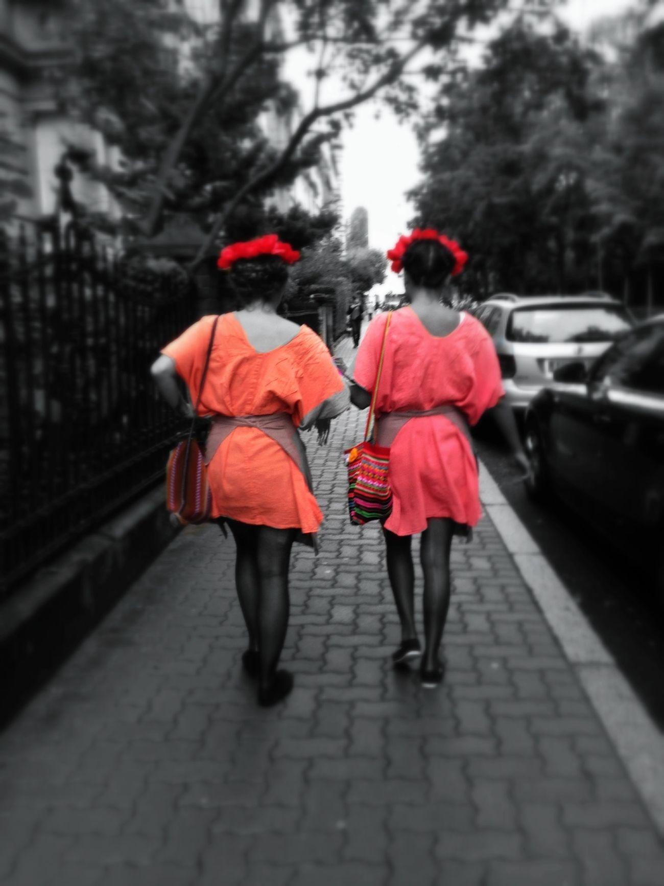 """Festival Européen du film fantastique à Strasbourg ... Tous les ados en route pour la """"zombie walk"""" dans de bien étranges costumes ! Blackandwhite Colorsplash Bnw"""