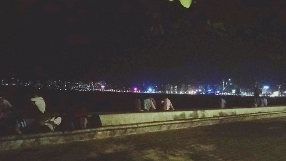 Marine Drive Mumbaimerijaan Love For City Check This Out Taking Photos Nightphotography Love To Take Photos ❤ Peaceful View