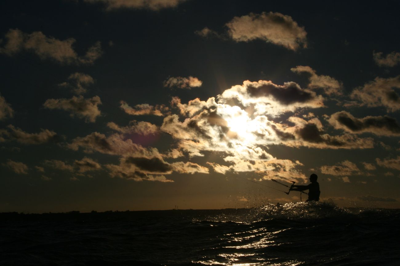 Kitesurfing Sunset Evening Sky Water Silhouette Nature Cloud - Sky Outdoors Watersports Wind Atmosphere Hanging Around No Filter