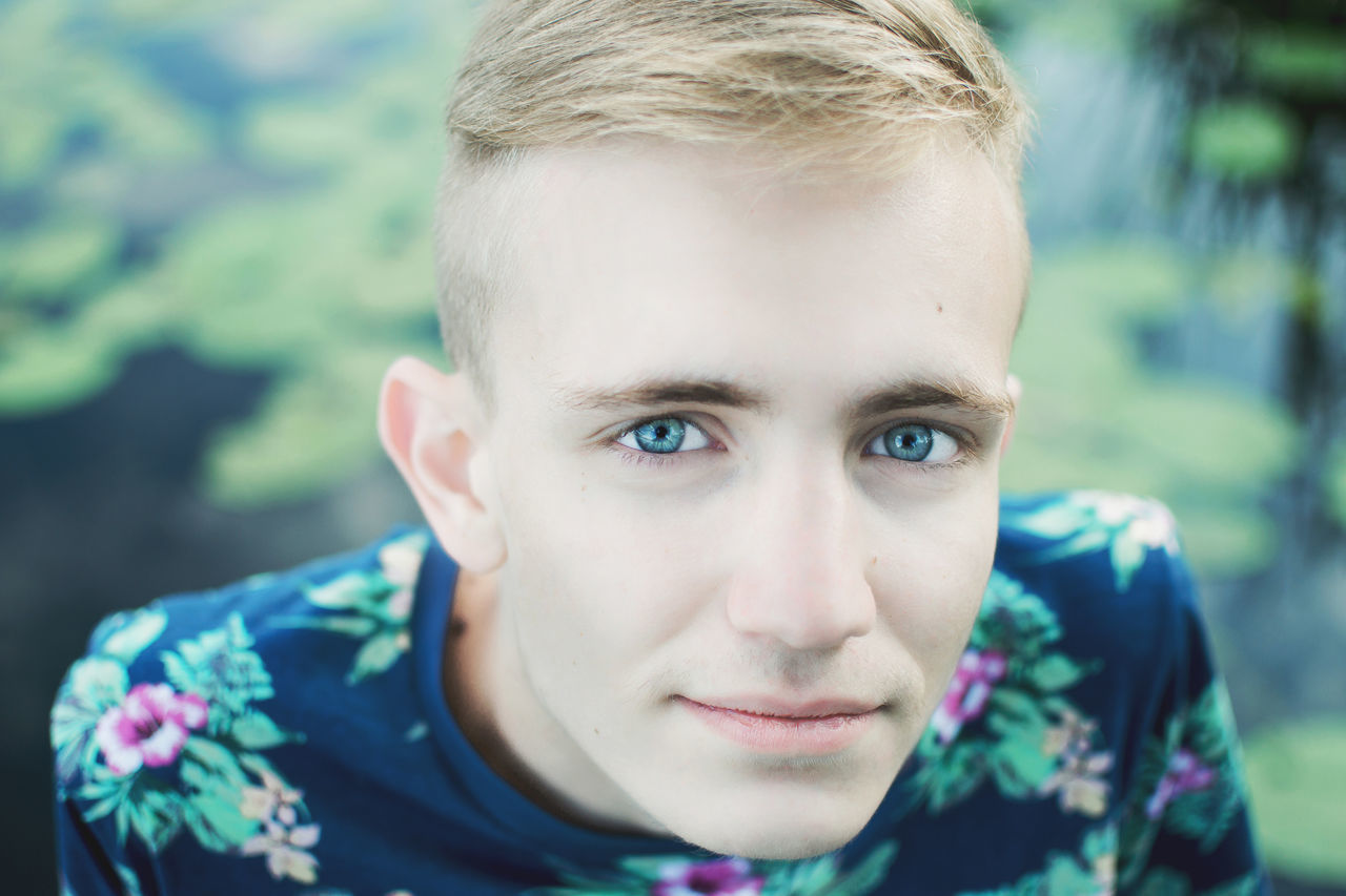 Beautiful stock photos of man, 18-19 Years, Blond Hair, Blue Eyes, Caucasian Ethnicity