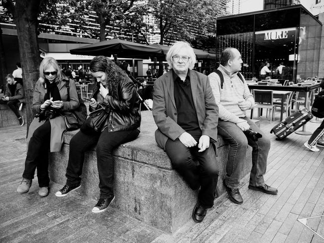 London Lifestyle People Watching Black And White Street Photography People Rustlord_bnw
