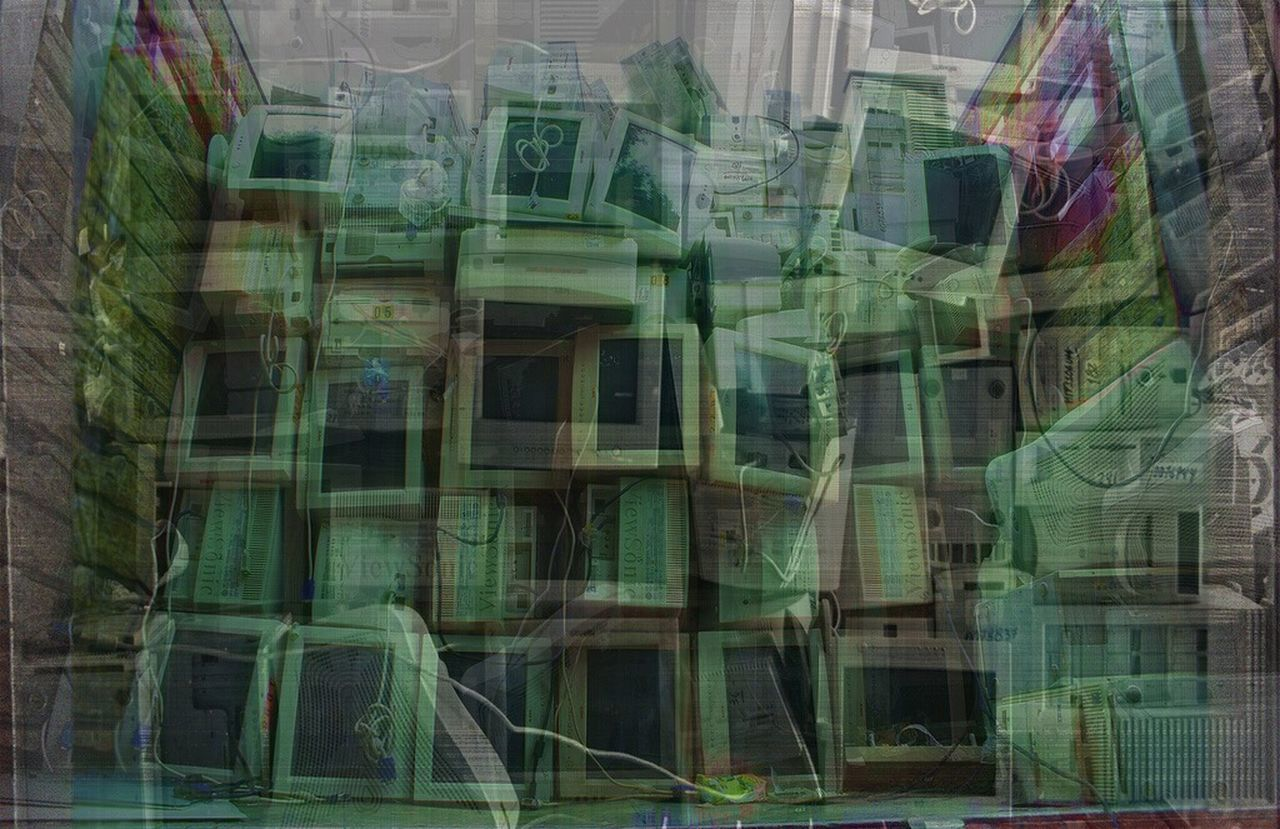 Techtrash Technology Tech City No People Trash Transhuman Green Abstract Abstract Photography Abstractart Pattern Pattern, Texture, Shape And Form Layers Layers And Textures First Eyeem Photo