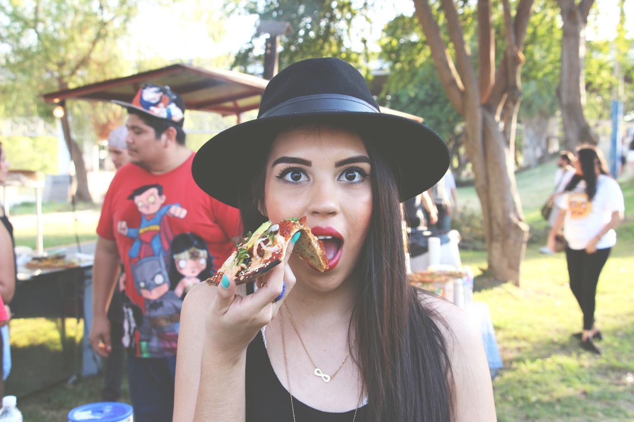 Pizza pizza Looking At Camera Hat Eating Young Women Portrait Lifestyles Unhealthy Eating Food And Drink Real People Fun Hungry Food First Eyeem Photo