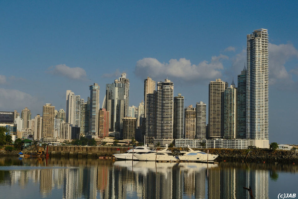 Life of the few Panamá Water_collection Landscape_Collection Citiesworldwide