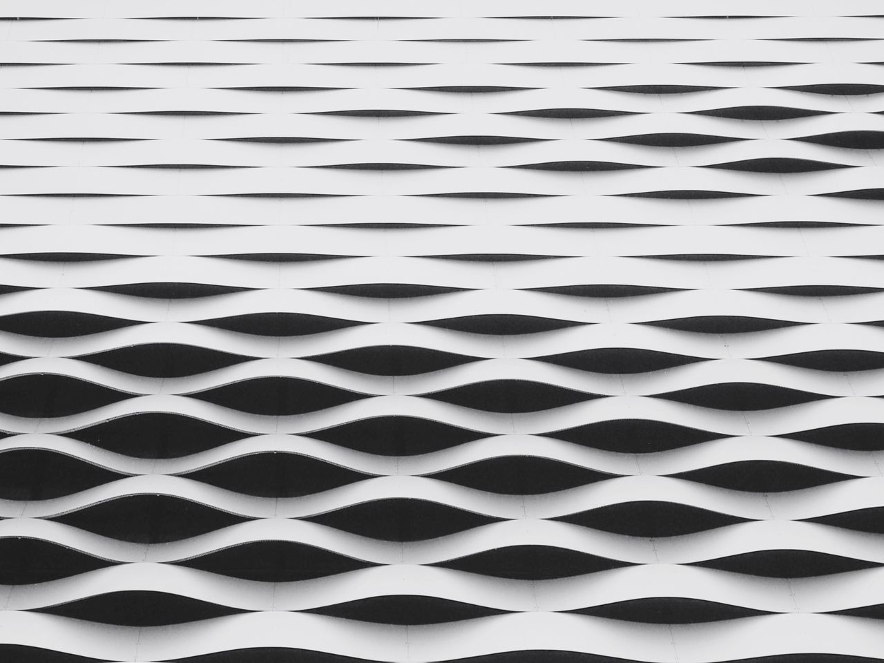 Pattern Backgrounds Architecture Full Frame Close-up Black And White Geometric Shape Minimalobsession Minimalism Architecture_collection Modern Architecture Pattern Pieces Pattern, Texture, Shape And Form
