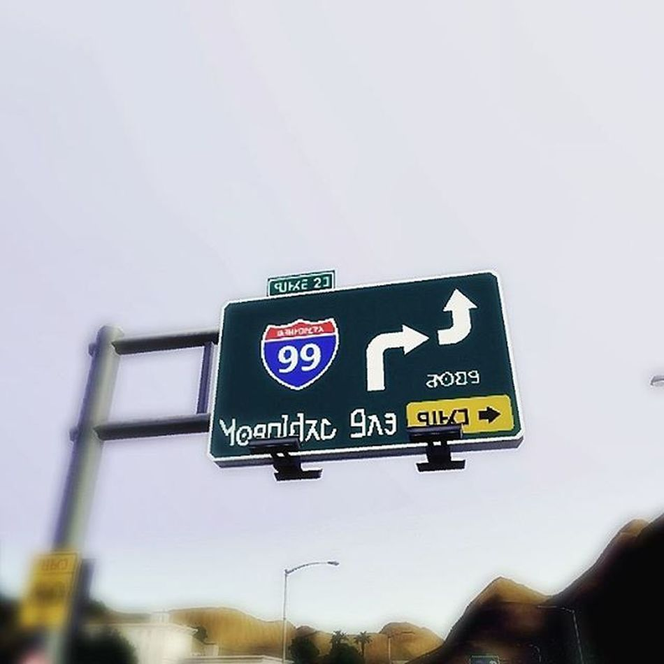 Going no where.. . . . . . Sign Road Sims Sims3 La