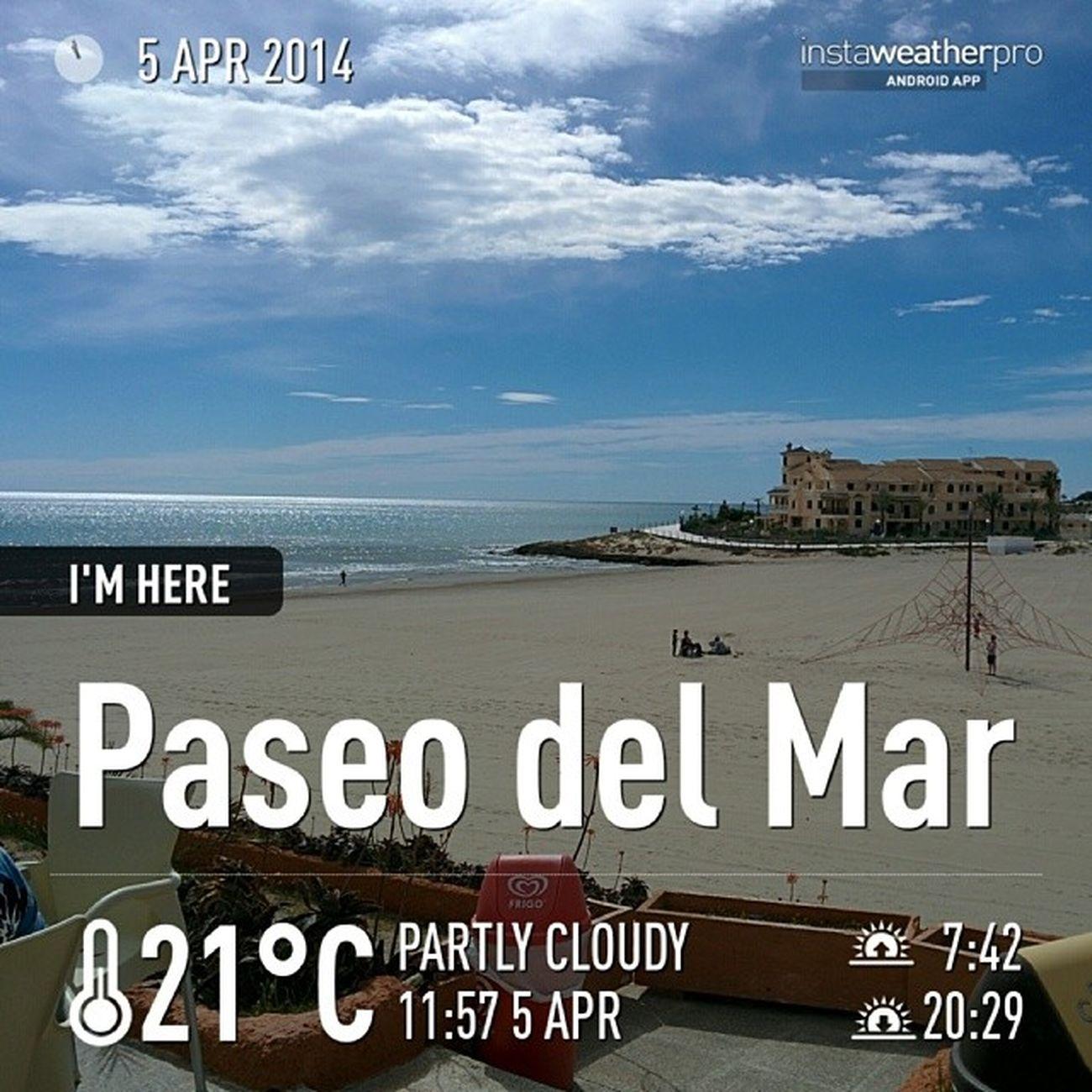 Orihuela Costan ranta. Hiekkaranta Aurinko Aitoespanja