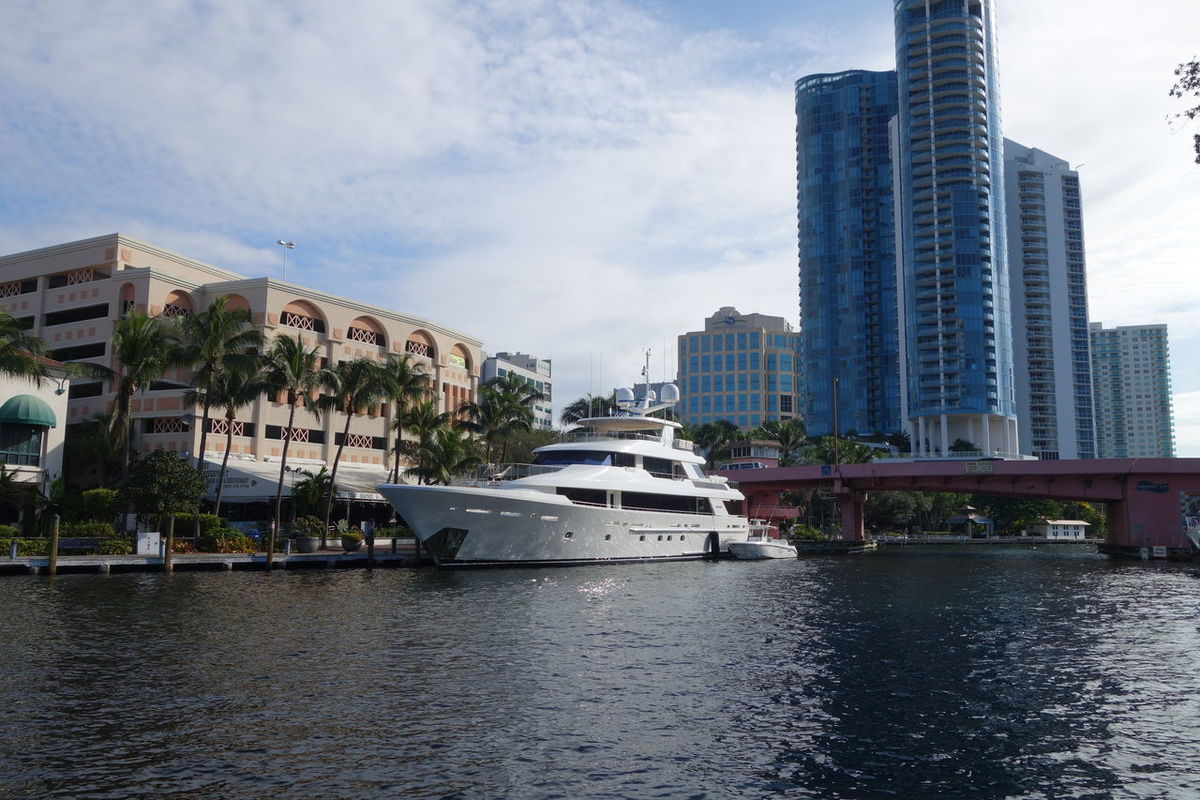 Downtown Fort Lauderdale Yachts