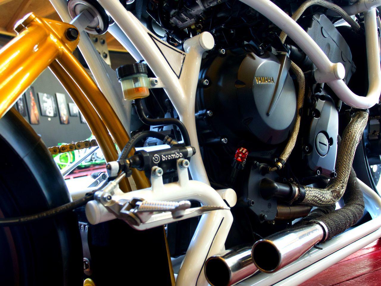 Barcelona Bmw Motorcycle Cromados Custom Customización Escapes Faros Focos Fuel Gasolina Harley Davidson Las Arenas, Barcelona Moteros Motorbike Motorcycles Motores Motos Parking64 Rue Show Taller Custom Tires Triumphmotorcycles Vw Escarabajo
