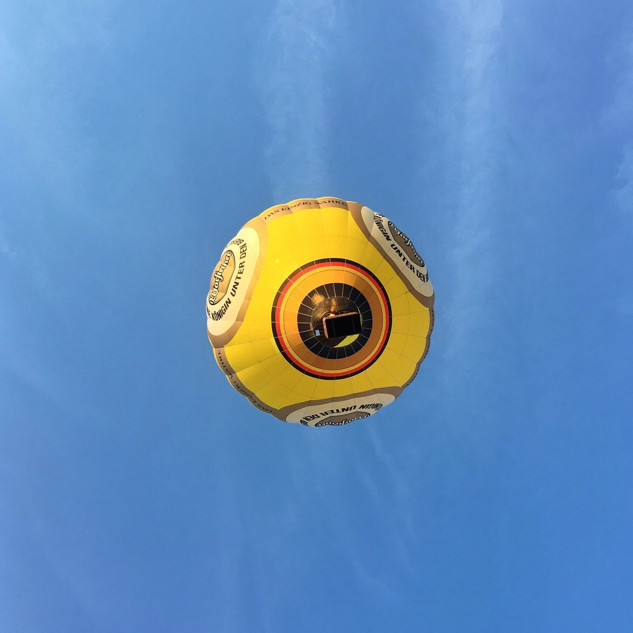 Balloon Balloon Ride Balloon Flight From My Point Of View From Below Up In The Air Low Angle View Sky No People Outdoors AMPt - Still Life (Nature Morte) Capture The Moment Clouds And Sky Yellow Flying Flying High Ballonfahrt Himmel Und Wolken