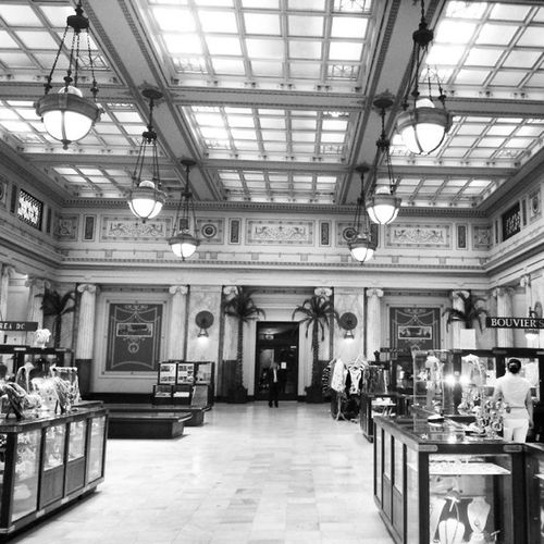 Ceiling and Stores Architecture Perspective Vantage Unionstation dc dcviews