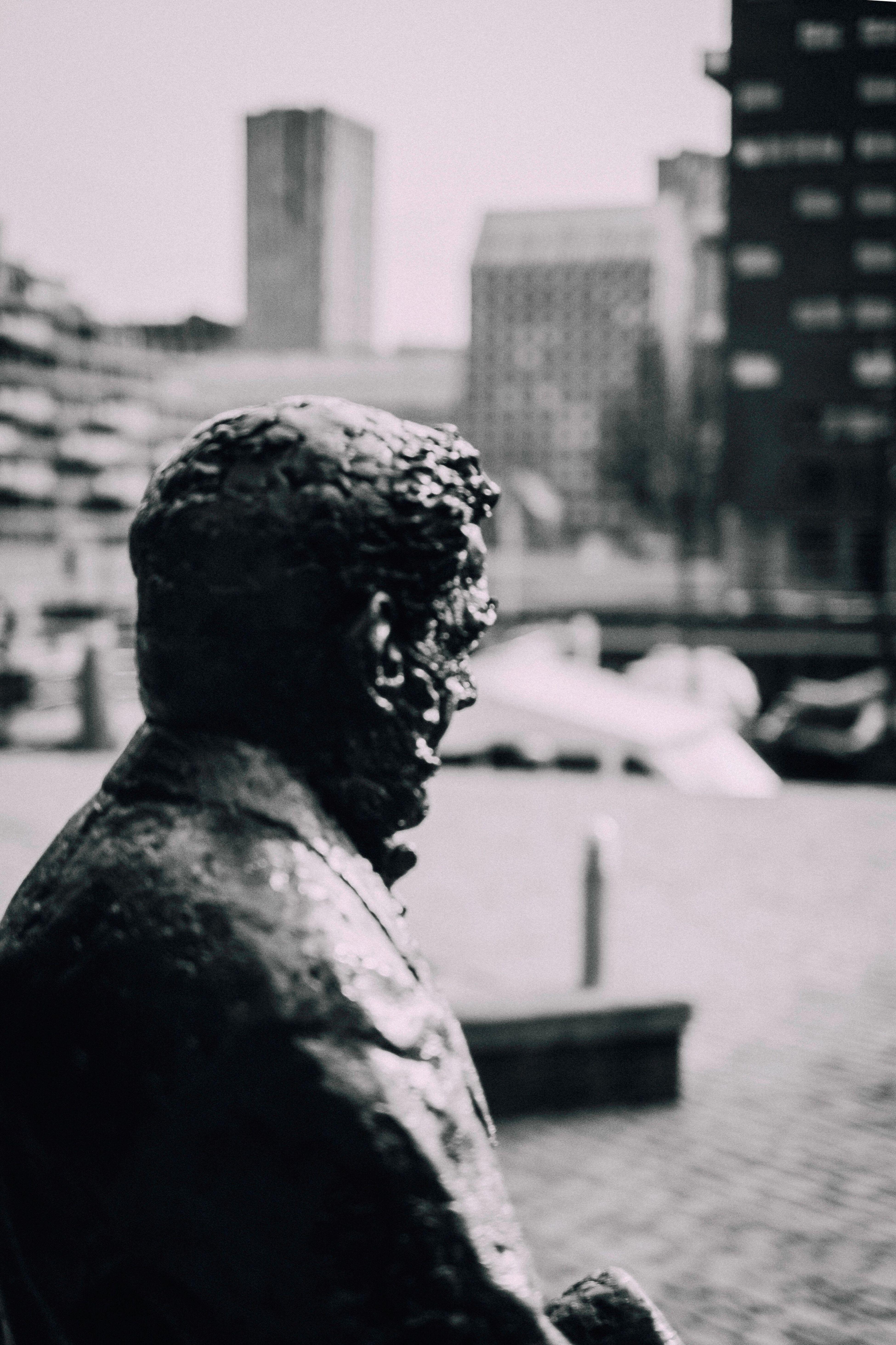 Battle Of The Cities Statue Natural Light Portrait Lodewijk Pincoffs Blackandwhite
