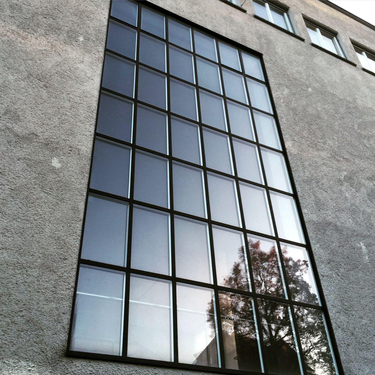 """Another one of my """"Neues Bauen"""" Series. Zürich Neuesbauen International Style Architecture 1930s Swissstyle Reflection Glass Architectural Detail"""