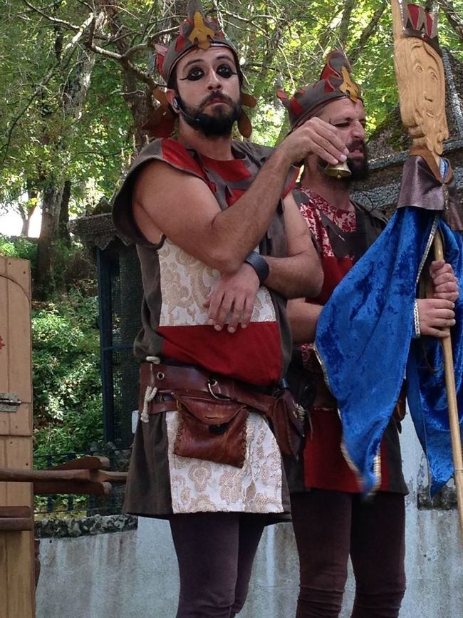 Feira Medieval em Palmela Actor Close-up Day Outdoors People And Places Person Theatre Togetherness Tree