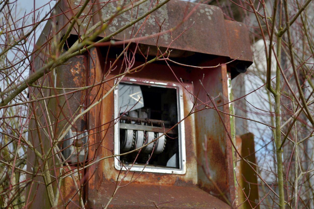Pumped Up Kicks Bad Condition Damaged Deterioration Machine Old Old Buildings Old Gasoline Pump