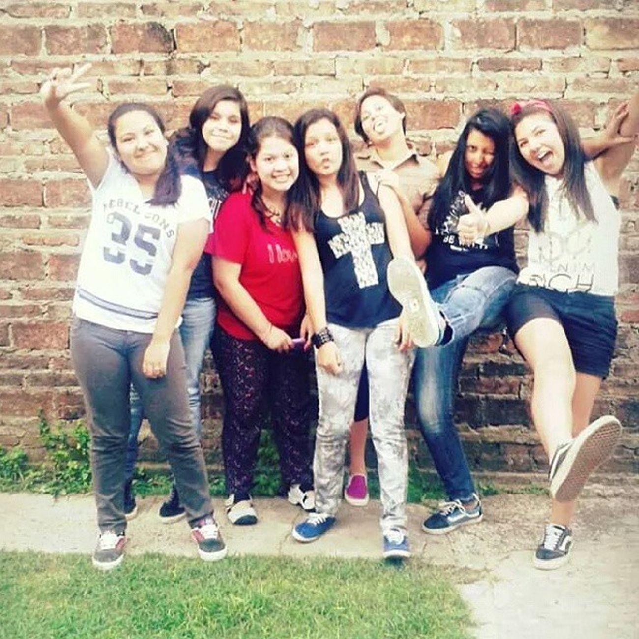 Las extraño fuerte. LasMD Love Friends Girls Ro NikiLaNenaBostera Eri Mica Me Taaty Mayra .