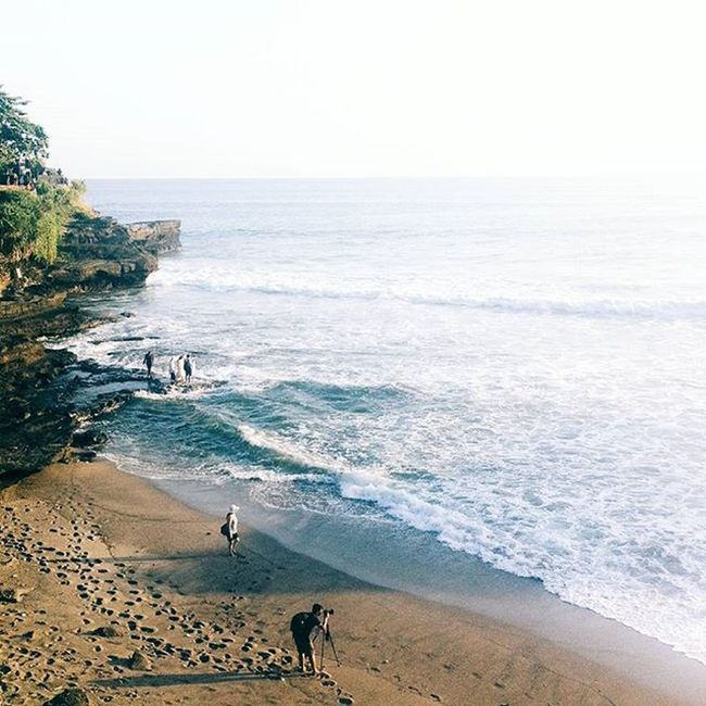 Long time no Sea 🌊🏄 Imoklet DiscoverIndonesia Iphoneonly Iphonesia Liveauthentic Livefolk Livefolkindonesia Squaregrapher Peoplegrapher Photooftheday Vscocam VSCO Dailylook Dailyfeed Beach