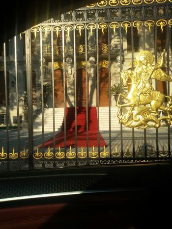 Rich Gold Sity Downtown Frommycar Frommywindow From My Point Of View Ontheroad Arhitecture Old Arhitecture