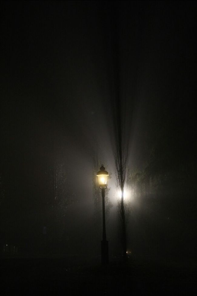 In the spotlight! Streetphotography MADE IN SWEDEN Eye4photography  Light