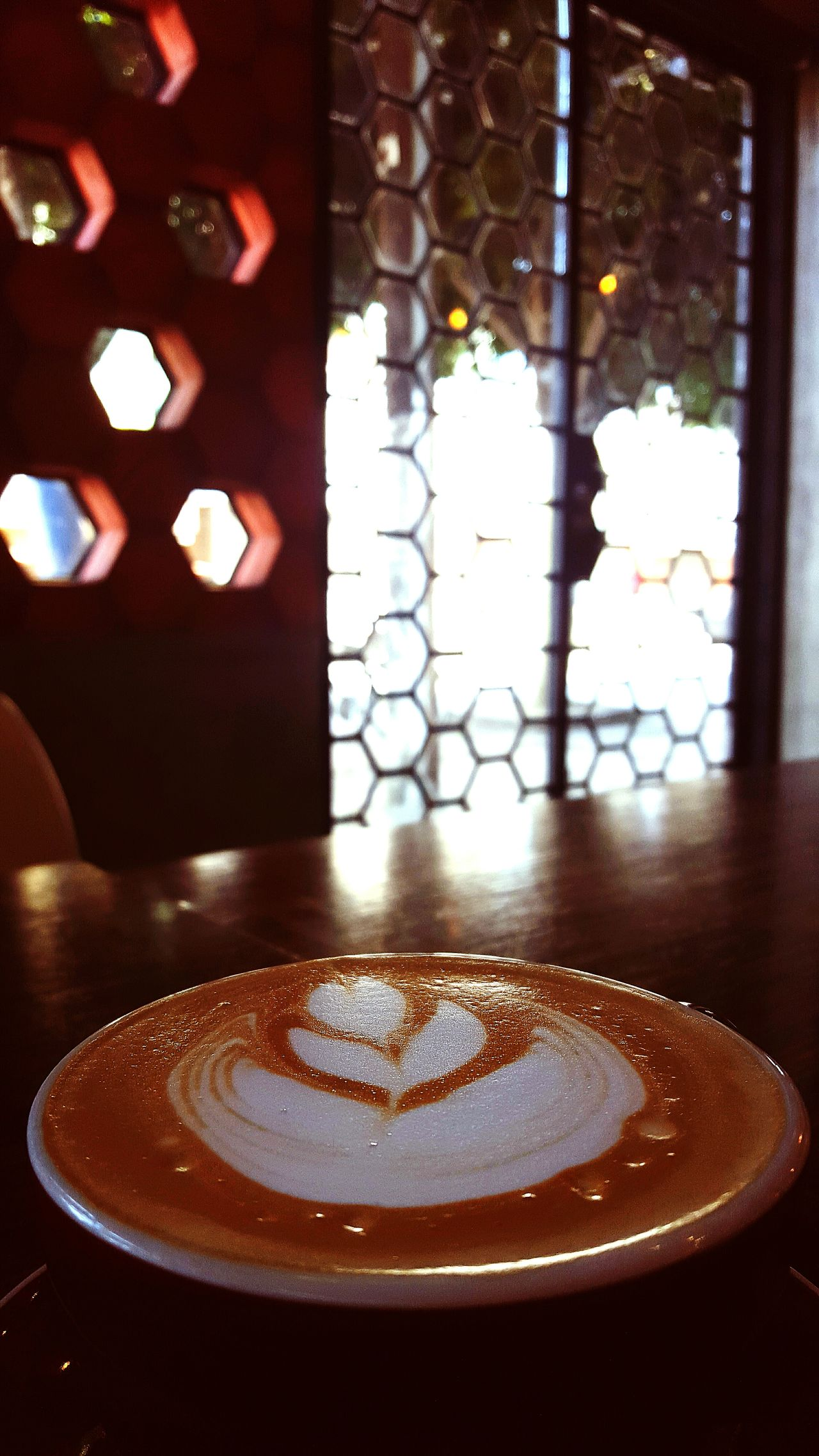 By the light of a Latte con Lavanda Miel. Bresca Tijuana Mexico Lasexta Latteart Urban Geometry Streetphotography