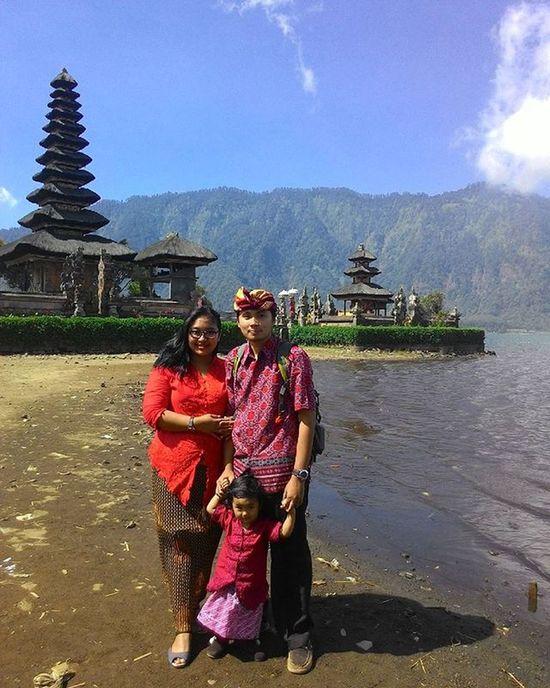 Pura ulun danu, Bali Bali Danaubratan Bedugul Explorebali INDONESIA Iloveindonesia Mytrip MyAdventure BeautifulIndonesia Family Asuszenfone5 Zenfone5 Kofipon Photooftheday