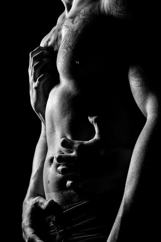 Animals Black Background Shirtless Human Body Part Young Adult Human Back One Person Studio Shot Men Muscular Build Close-up Shoulder Back Human Hand Adult Indoors  Adults Only Man Abdomen Erotic_photo Erotic_art Nude_model Nüde Art. Nudeblackandwhite Erotic_monochrome Boy