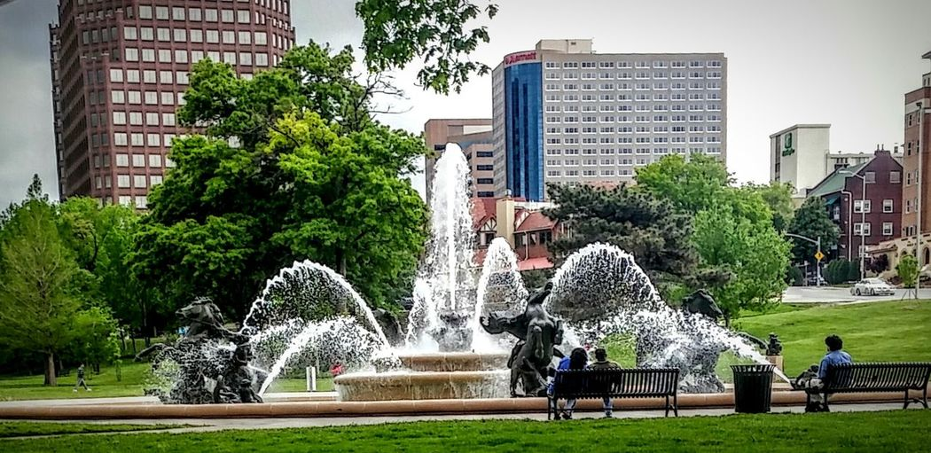Fountain JC Nichols Fountain Kcmo Horse Statues italian City Of Fountains sculptures Springtime American Life Enjoying Life EyeEm Gallery Eyeem Photography Outdoor Photography People Watching Phoneography The Irwin Collection Getty Images EyeEm Diversity