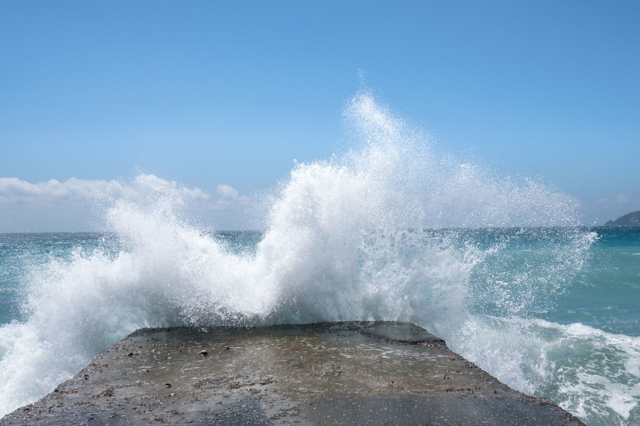 the moment before the shower (direct view) // Adventure Amalfi Coast Beauty In Nature Breaking Crash Danger Day Force Hitting Horizon Over Water Jetty Motion Nature No People Outdoors Power In Nature Rough Sea Sea And Sky Sky Splashing Stone Material Water Wave Wet