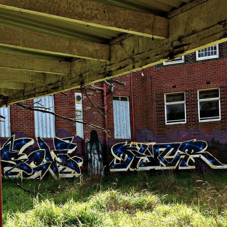 Graffiti MentalAsylum Abandon