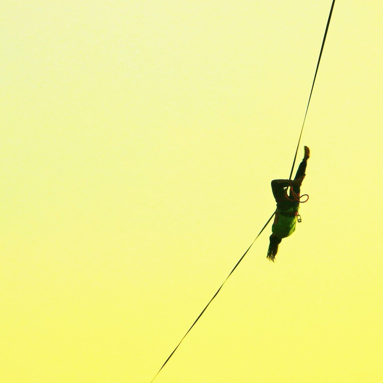 Slackline, Caida. 43 Golden Moments Slackline Caida Highline Longline Slaker Equilibrio Fall Panoramic Photography High Slacklife Slackvida Caminata Santiago Bosque Magico Landscape Nature Sky Air Sunset Walking Balance Color Of Sport