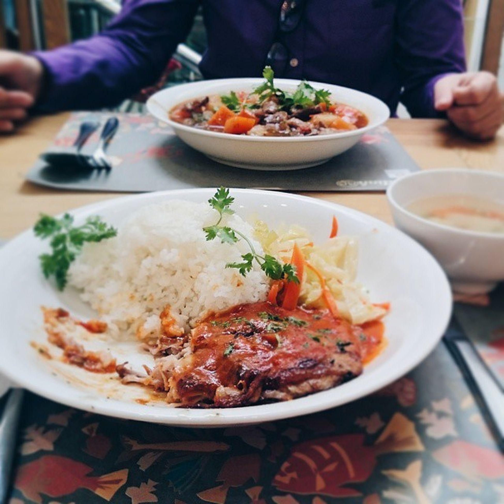 Bác sĩ hỏi tui có sút cân đi k đó 😳😳😳 Susfoodtrip Rice Chicken Spicy Sauce Beef Casserole Yummy With Mommy Homecookbb Masterchefvn Lozihn Lozi Foodporn Foodyhanoi Vscocam