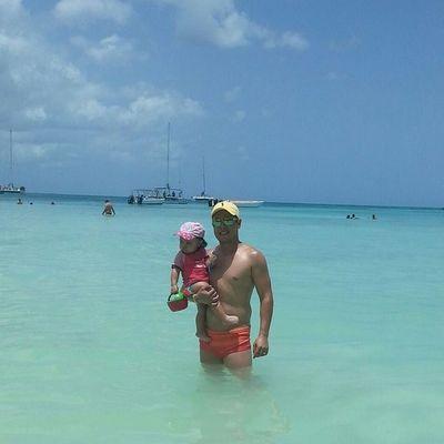 Filhota e eu! Minha sereinha! Caribe Filhotafofa Tateno Olaola lagoaazul megusta ilovepuntacana paradise ilhasaona