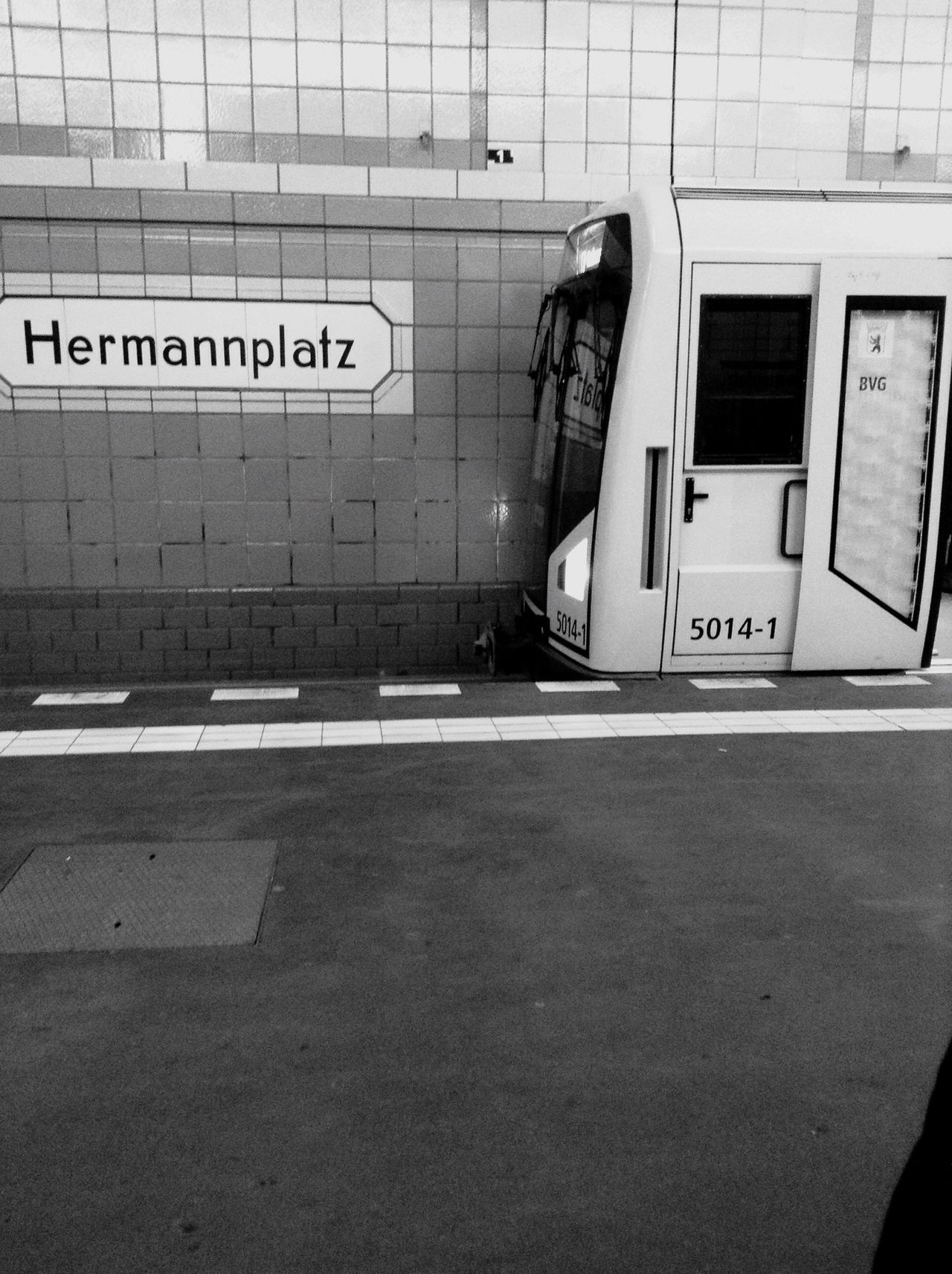 Underground Train Hanging Out Berlin Germany German Check This Out Taking Photos Enjoying Life Hermannplatz