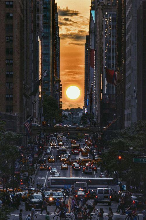 Manhattan Henge Manhattanhenge City View  Cityview City Streets  City Street NYC Photography NYC NYC Street NYC Street Photography New York City Nikon D3300 Sunset Sunset_collection Sunset Silhouettes Silhouette Silhouettes Tudor City Tudor City Overpass New York