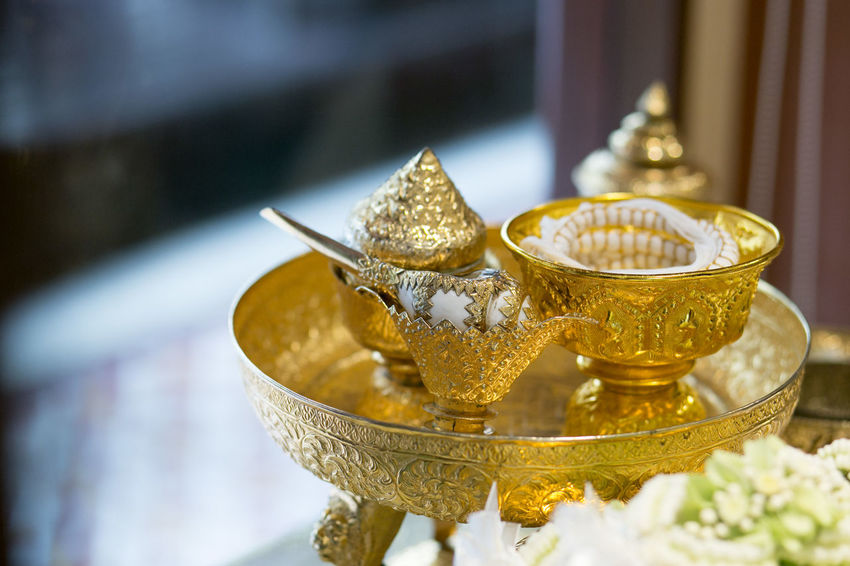 Blessed Water Close-up Engagement Equipment Event Gold Gold Colored Thai Ceremony Thai Engagement Thai Style Thai Traditional Thai Wedding Thailand Thailand Ceremony Thailand Engagement Thailand Wedding Traditional Culture Wedding Ceremony Wedding Ceremony-thai Style Wedding Equipment Wedding Photography