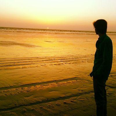 Me Sun Beach Sunset Perfect ClickEvening ShotVery Cloudy WeatherSundayEnjoyAt BeachInstashareInstaclickInstabeautyInstacoolInstaForwardInstaShare to Share:-) ??☀☁????✌?