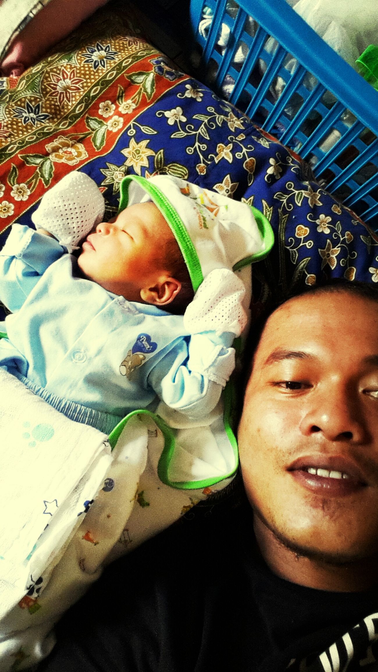 Hi! Imsleepy Father & Son