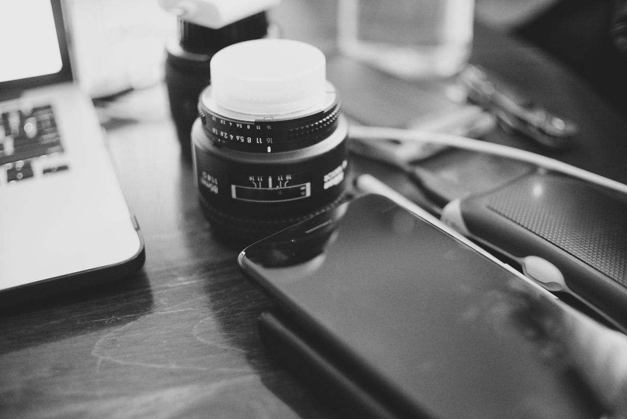 Production Close-up Indoors  No People Day Objects Blackandwhite Photography Technology Lenses Work Working Creative
