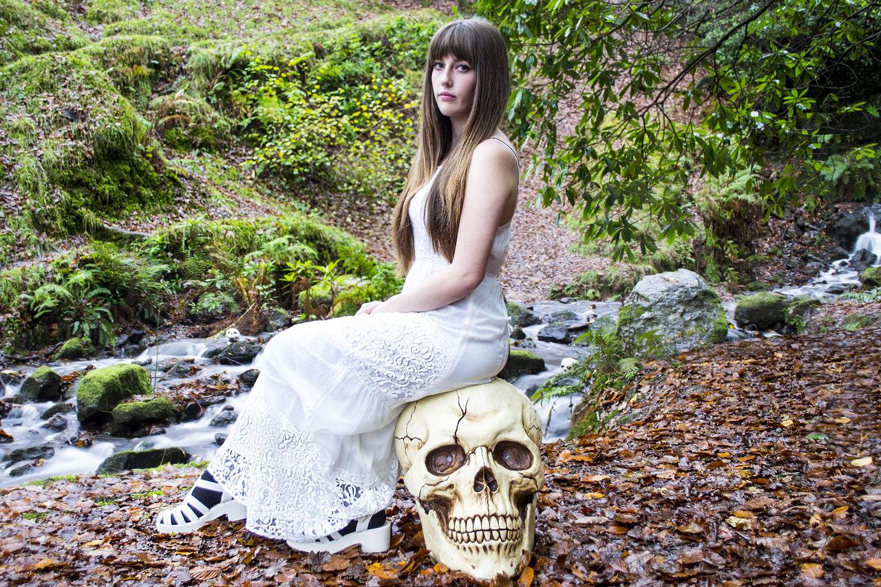 Beautiful stock photos of totenkopf, young adult, young women, fashion, femininity