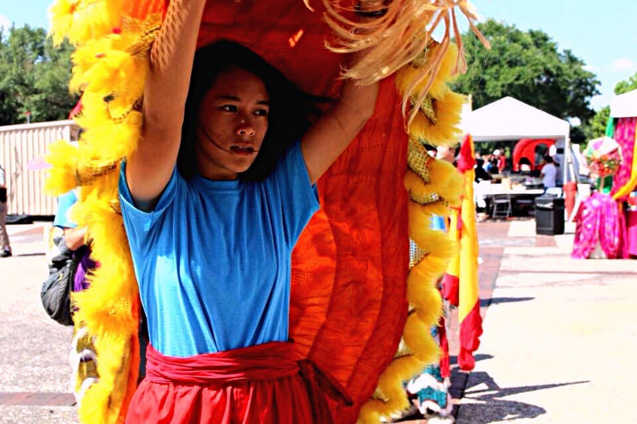 Day Real People Lifestyles Standing Young Women Dragon Dragon Dance Vietnamese Culture Active Festival Serious Fun Asian Culture Asian  Asianfestival Vietnamesedance