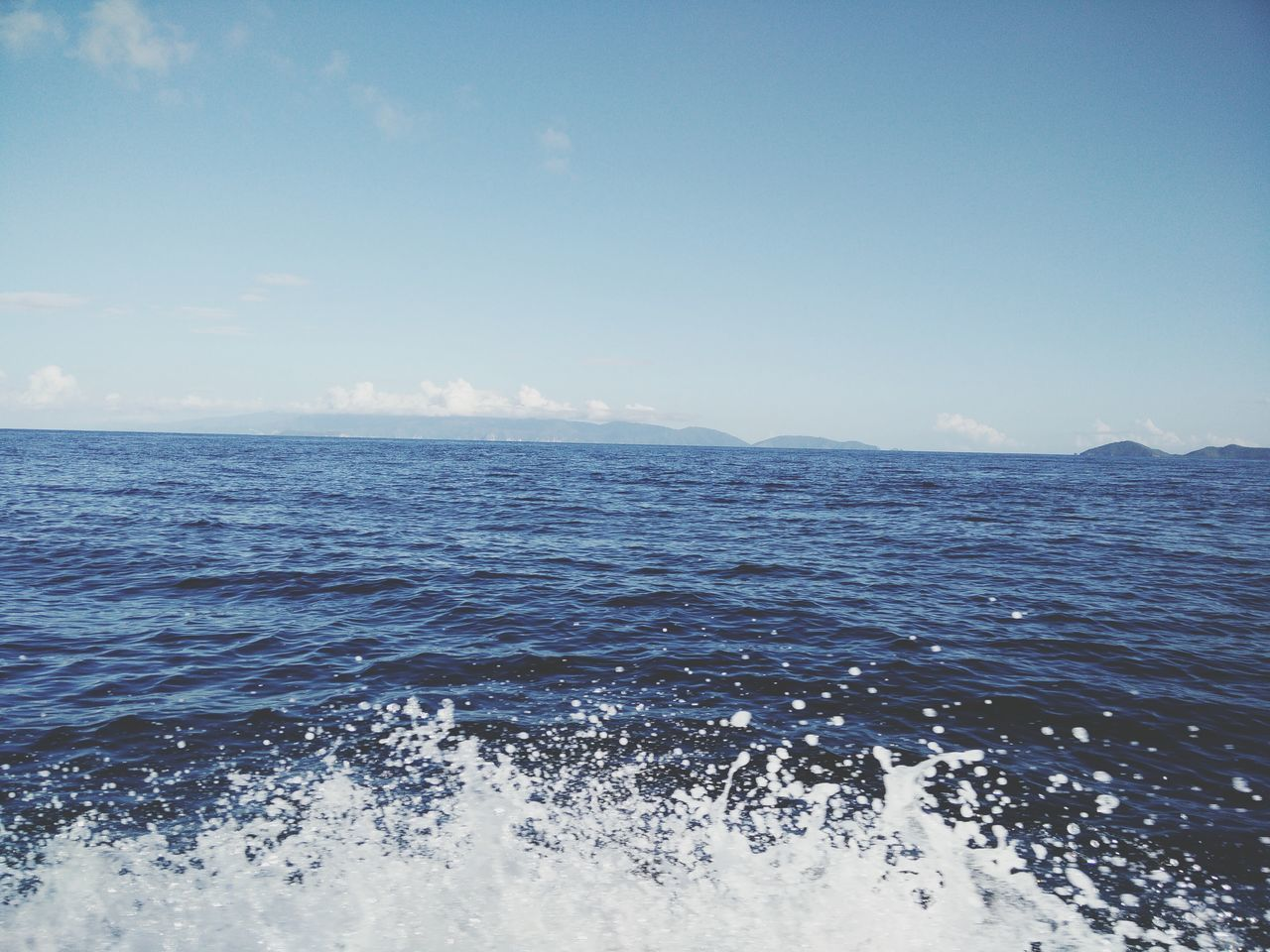 sea, water, nature, beauty in nature, scenics, tranquility, no people, outdoors, tranquil scene, rippled, waterfront, horizon over water, day, sky, wave