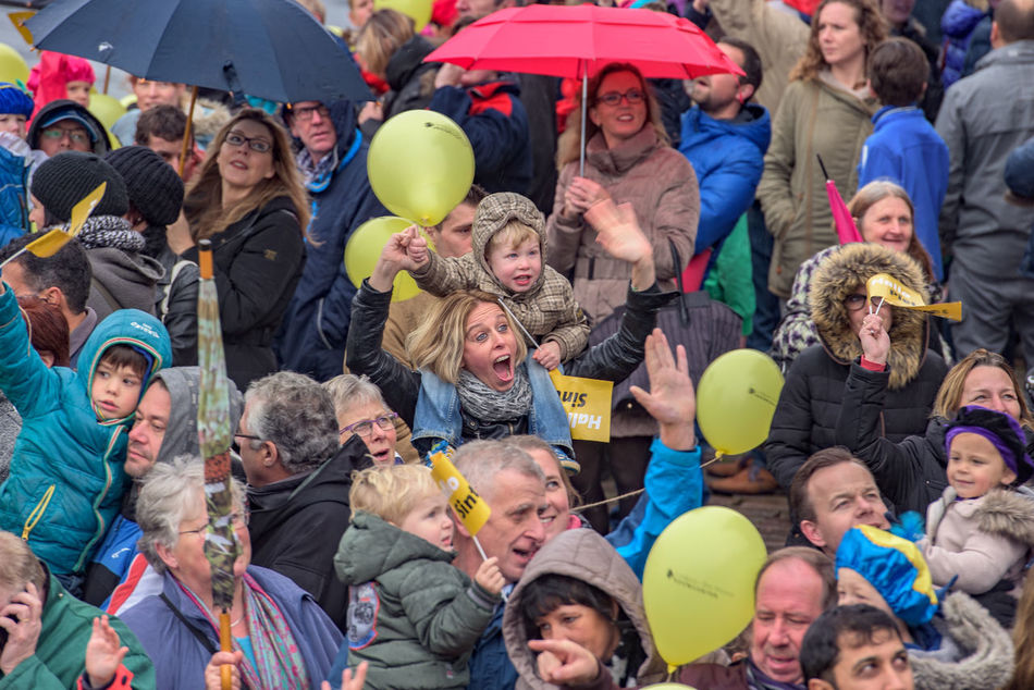 Casual Clothing Children Crowd Enjoyment Festive Season Fun Happiness Happy How You Celebrate Holidays Intochtsinterklaas Kinderenaanhetwater Netherlands Perspective Santa Claus Sinterklaas St. Nicolas Togetherness Zwarte Piet