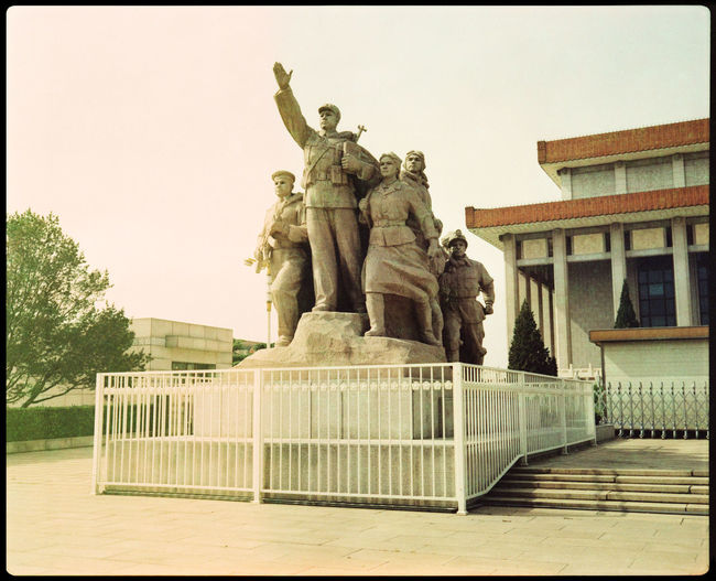 Tianmen Heroes Analogue Photography Architecture ASIA Beijing Capital China Heroes Mao Outdoors Propaganda Red Army Revolution Revolutionary Art Soldier Statue Tianmen Tianmen Square Urban War Xpro