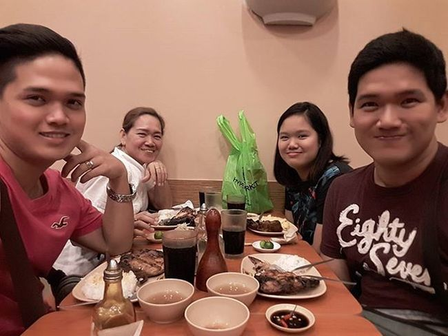 Simple dinner to celebrate @gumafelixgen 's birthday Manginasal Unliricepamore