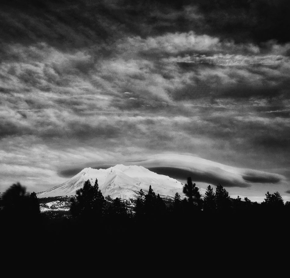 Interesting cloud formation over Mt. Shasta in California. Check This Out Taking Photos Landscape_photography Enjoying The View Iphone6s IPhoneography Black & White California Dreaming Mt. Shasta Beam Me Up