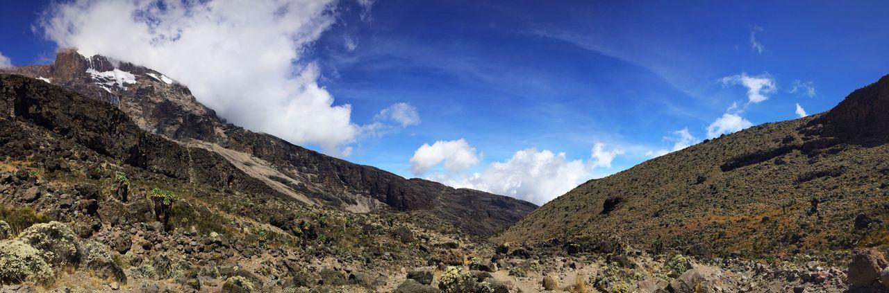 Kilimanjaro Kilimanjaronationalpark Gadventures Gadventurestour Tanzania Tanzanianationalparks Panorama Panoramic Panoramic Photography Blue Sky Beauty In Nature Beautiful Mountain Africa Mountainphotography
