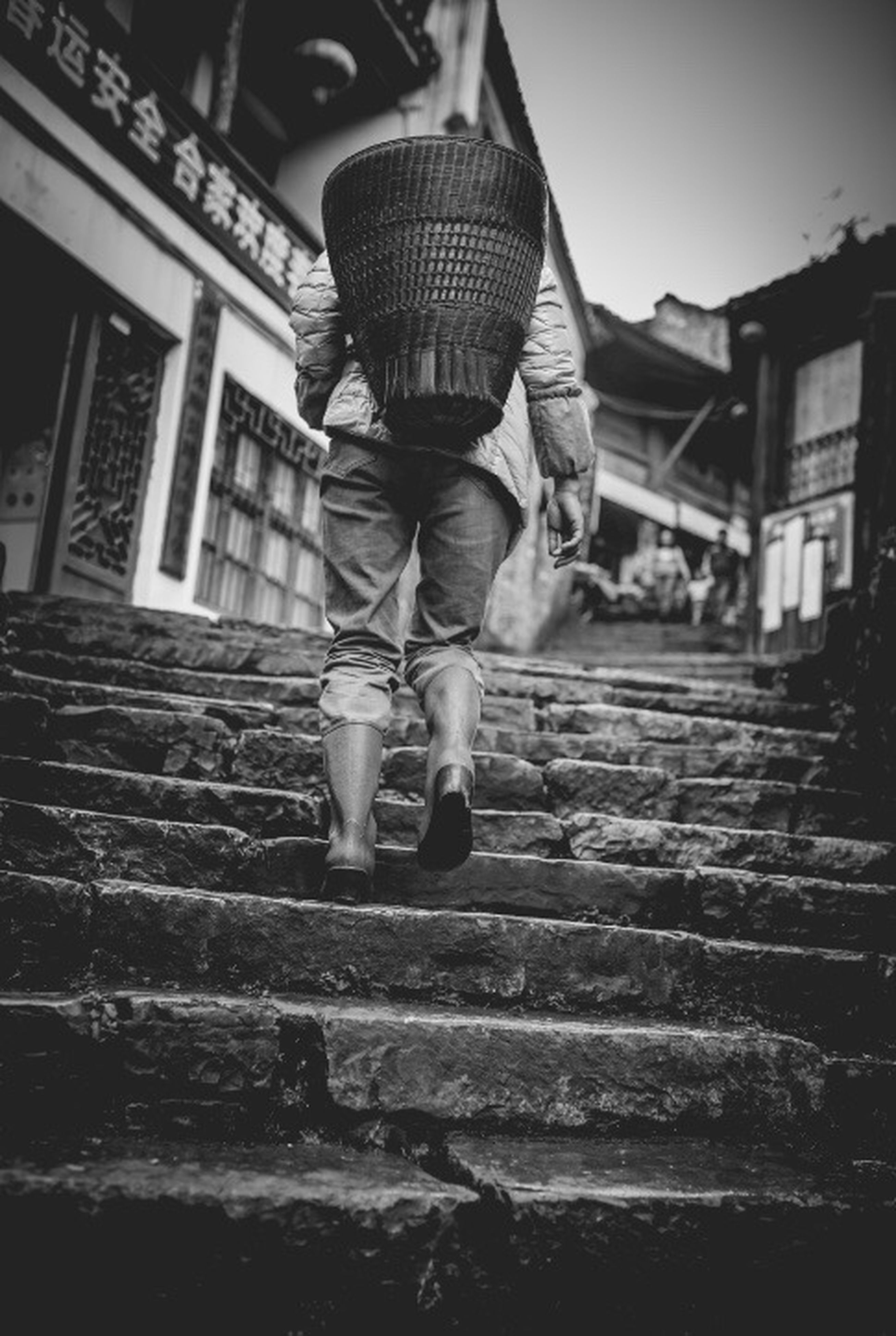 lifestyles, casual clothing, leisure activity, full length, rear view, standing, built structure, building exterior, men, person, architecture, childhood, walking, steps, boys, day, outdoors